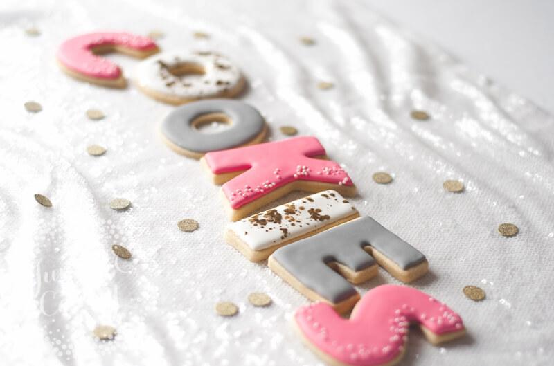 Easy and simple sugar cookies recipe