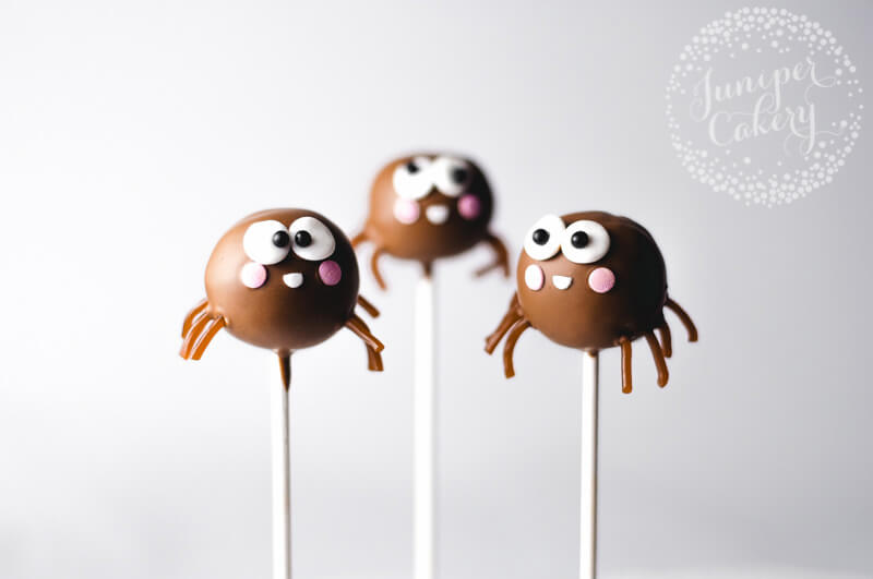 Halloween spider cake pop tutorial by Juniper Cakery