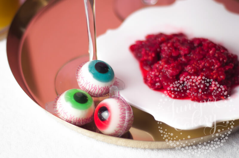 Gruesome eyeball cocktail by Juniper Cakery