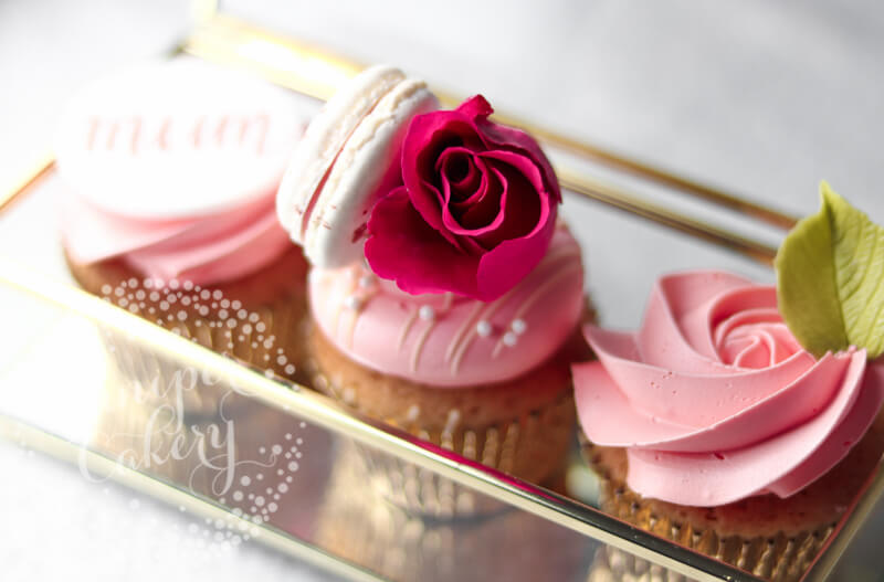 Pink Mother's Day cupcakes in Hull