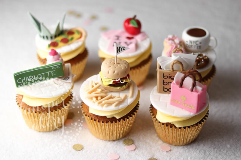 Cool NYC themed cupcakes by Juniper Cakery