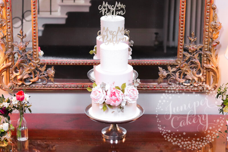 Pretty wedding cake at Saltmarshe Hall by Juniper Cakery
