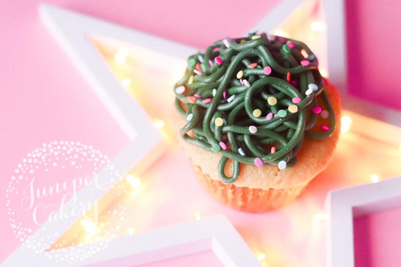 Christmas cupcake idea by Juniper Cakery
