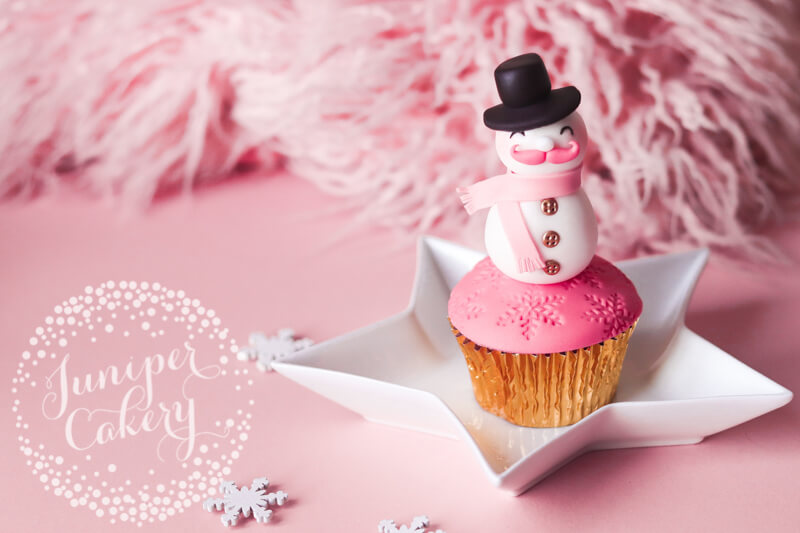 Snowman cupcake tutorial by Juniper Cakery