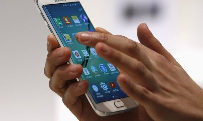 On touche notre smartphone 2.617 fois par jour 32