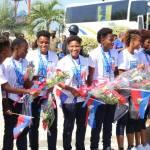Jovenel Moïse accueille chaleureusement les Grenadières 32