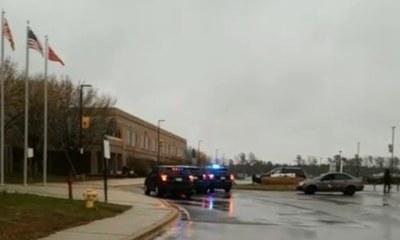 États-Unis : Fusillade dans une école secondaire, le tireur est décédé 40