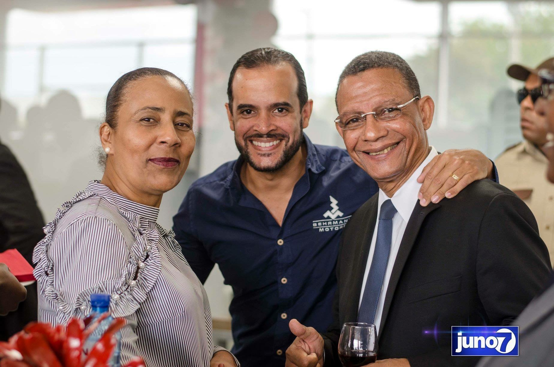 La Nissan Universal Motors inaugure le plus grand showroom de la caraïbe et de l'Amérique latine 49