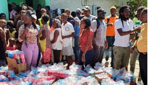 Conflit armé au Bel-Air: MTV-Haïti vole au secours des réfugiés à Solino