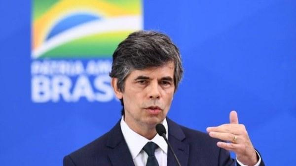 En désaccord avec Bolsonaro sur la gestion de la covid-19, le ministre de la santé démissionne