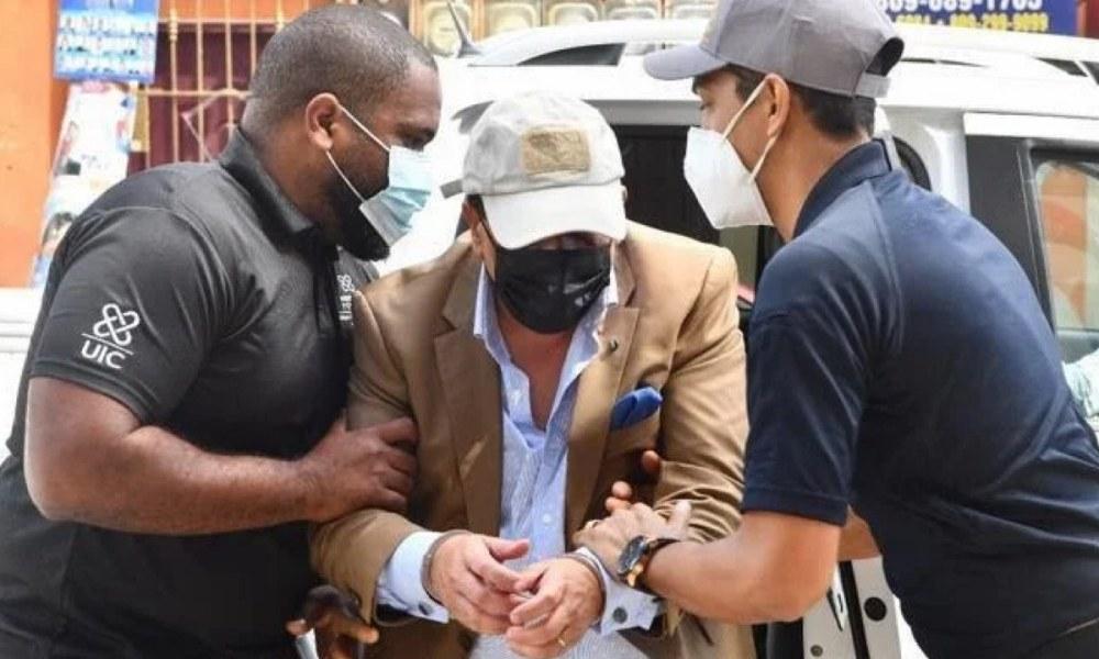 Le frère de Danilo Medina, Alexis Medina accusé d'avoir raflé plus 4 milliards de peso en contrat public 27