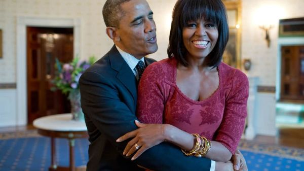 Michelle Obama tient un podcast et invite Barack Obama