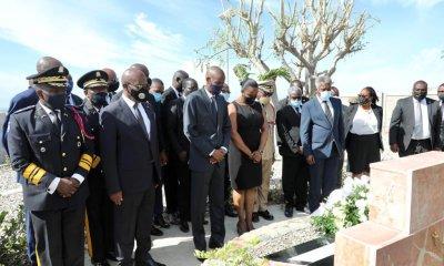12 janvier 2021: dépôt de gerbe de fleurs au mémorial Saint-Christophe