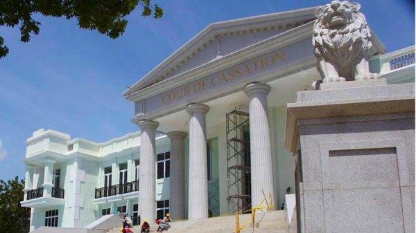 Les associations de magistrats dénoncent la nomination de trois nouveaux juges