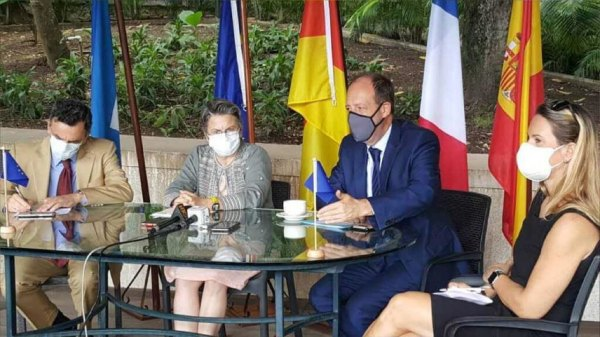 L'UE et l'ambassade de France appellent à tout mettre en œuvre pour que la mort des policiers ne reste pas impunie