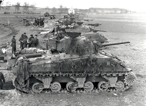 Sherman tanks of the 4th Armoured Division ready to advance near Sonsbeck, Germany, March 9th,1945.