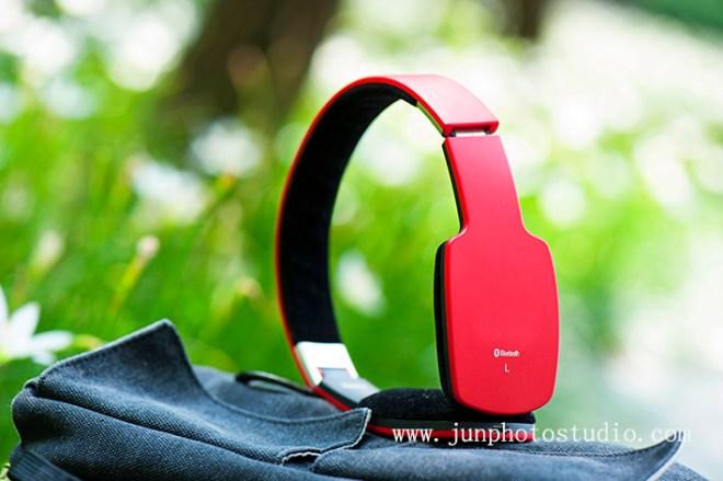 product photographer bluetooth headphone