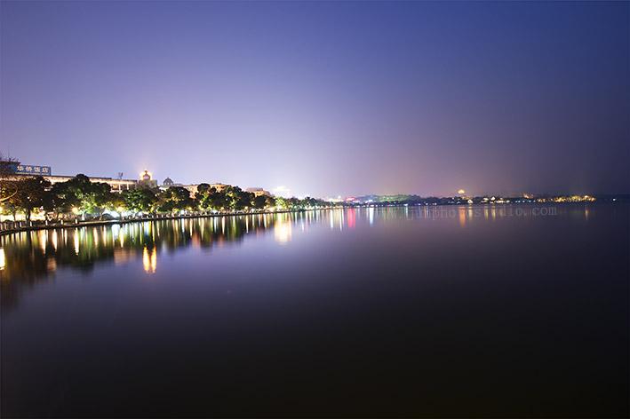 landscape photographer lake evening view