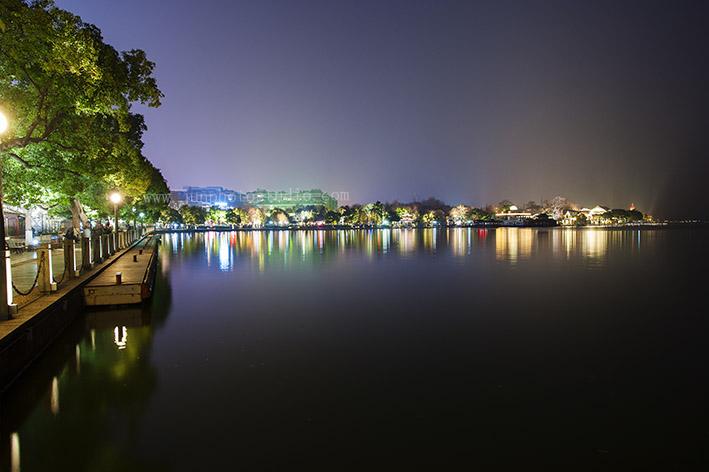 travel photographer HangZhou city night view