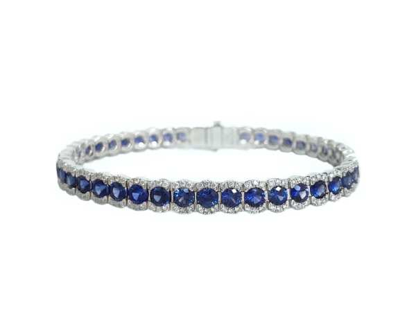 round blue sapphire 11.13 carats and diamond bracelet