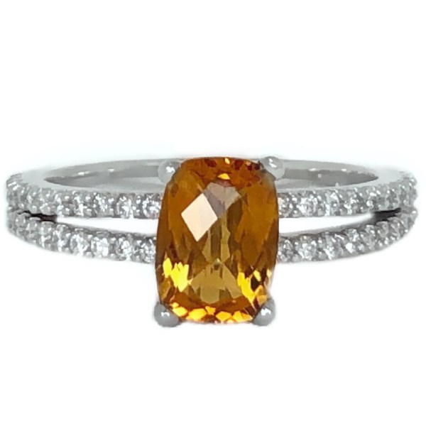 split shank ring with oval citrine 1.25 carat diamonds