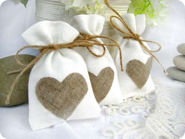 picturesque-wedding-gift-ideas