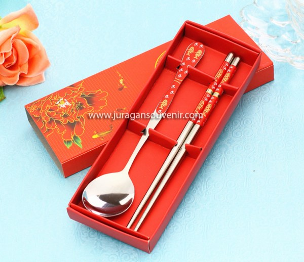 Spoon Chopstik Set Red