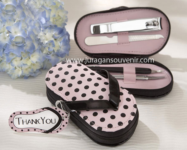 pot dot flip flop manicure set G2 040 $ 0.77
