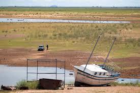 dimunuição de volume nos rios-seca