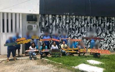 Grupo de Amigos da Praia realiza Oficina de Criação Placas Ecológicas no Presídio Ariston Cardoso