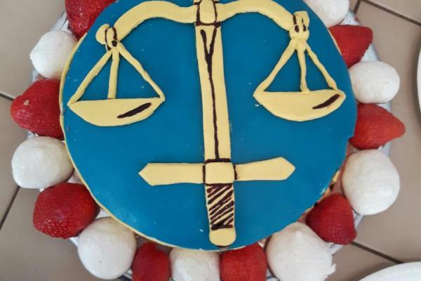 Högsta domstolen tårta