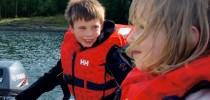 Nå er det påbudt med redningsvest i småbåter!