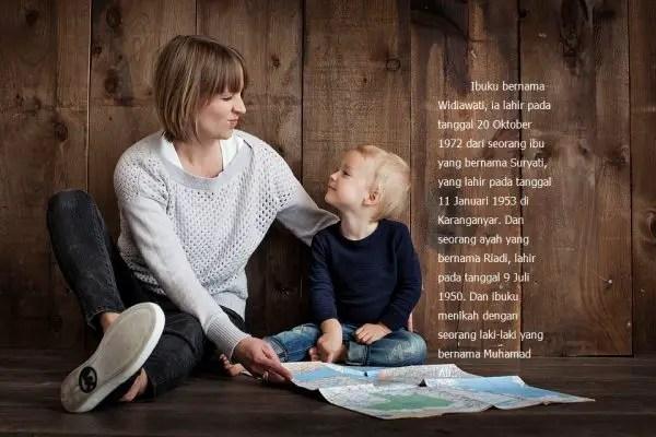 Contoh Biografi Singkat Ibu