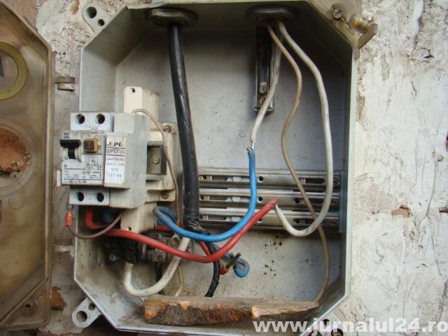 furt de electricitate