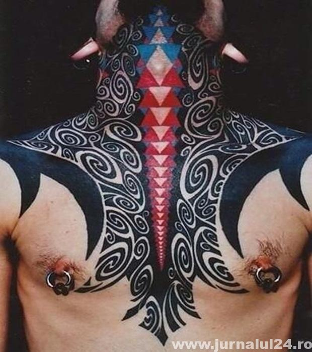 tatuaj frumos