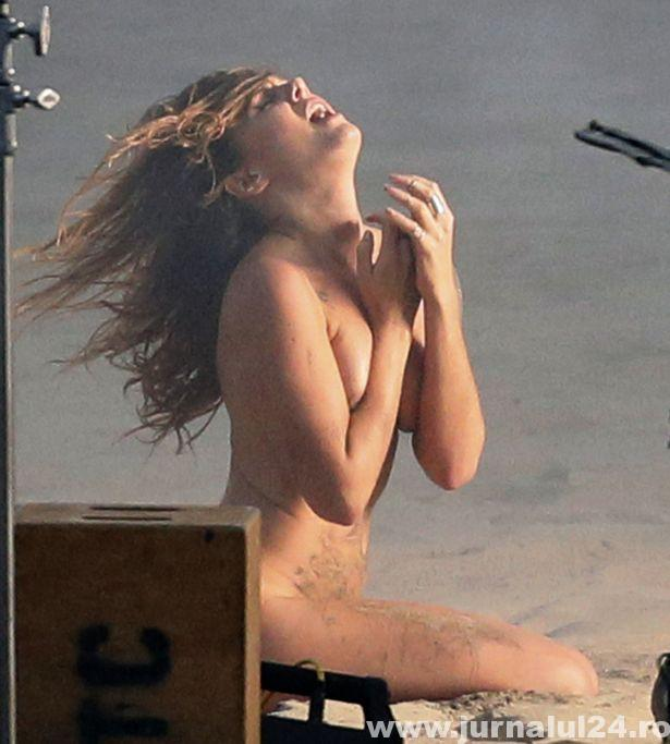 Ebba Tove Elsa Nilsson nud