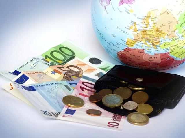 Top 3 temeri financiare ale românilor în aceste vremuri de criză sanitară