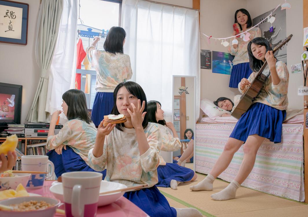 femei clonate in casa