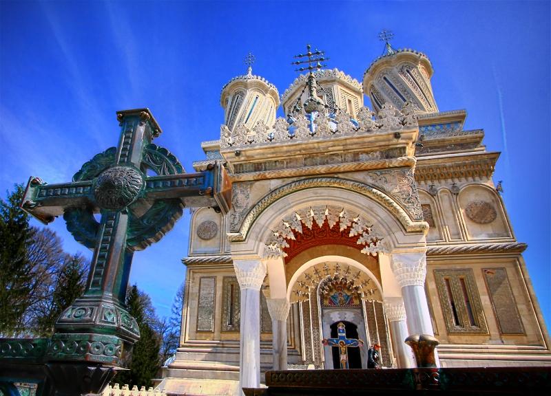 manastirea-curtea-de-arges