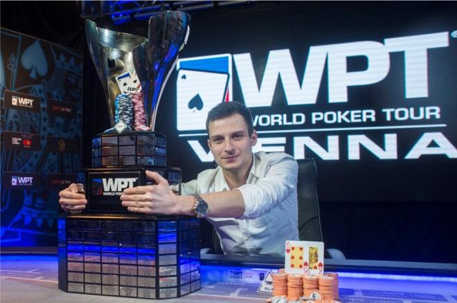 Cât poate câștiga un jucător profesionist de poker român?