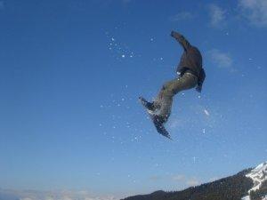 Andrew Kennedy snowboard jump