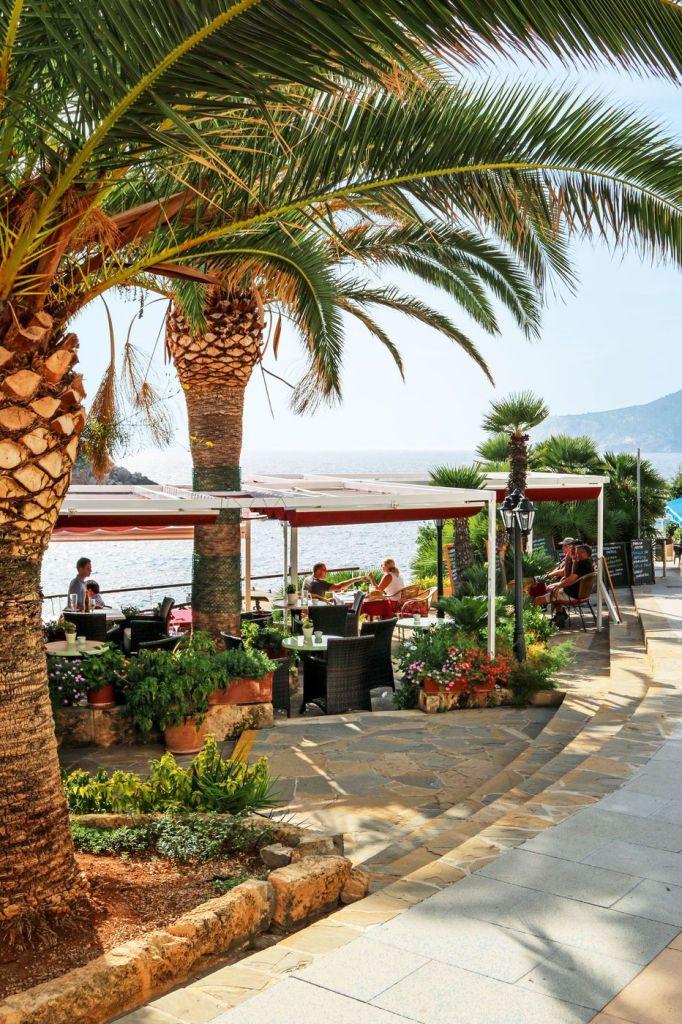 Naturpark auf Mallorca: Von San Telmo aus hat man die Dracheninsel Isla Dragonera immer im Blick! Foto: S. Tegtmeyer