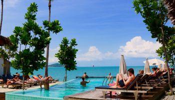 Thailand-Urlaub: Gefährlich wird es nur für alle, die es übertreiben. Wer entspannt am Pool chillt, braucht sich keine Gedanken zu machen! Foto: Sascha Tegtmeyer