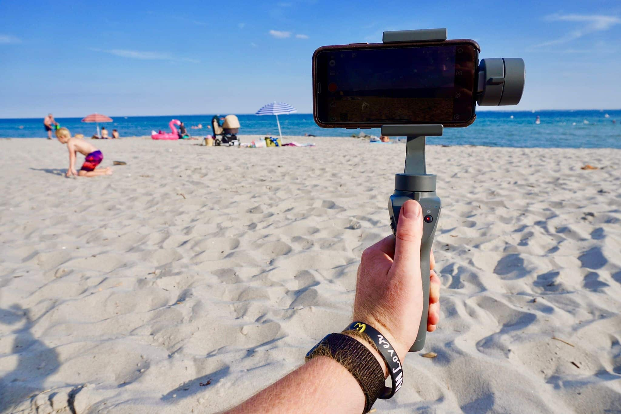 DJI Osmo Mobile 2 in the test: Does the gimbal bring stability to