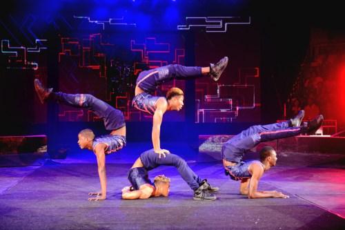 universoul circus bone breakers acrobats