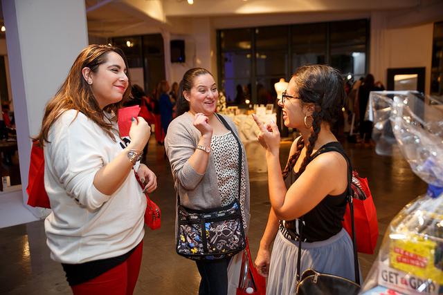 #mtholiday, the mommy elf, fortheloveto, latina bloggers, disney latina moms, blogger friends