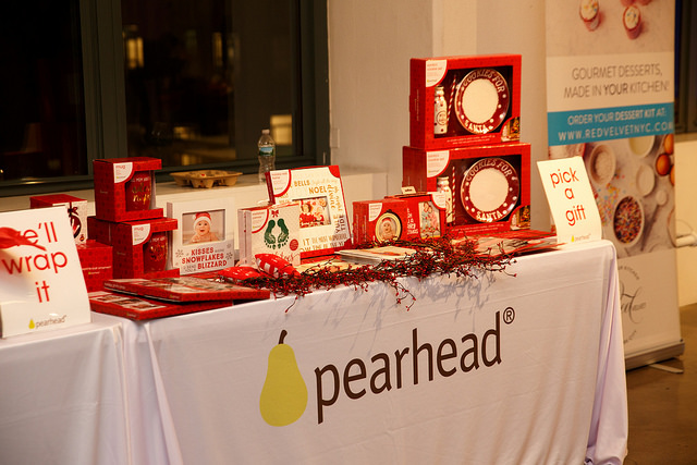 pearhead, holiday gifts, personal gifts
