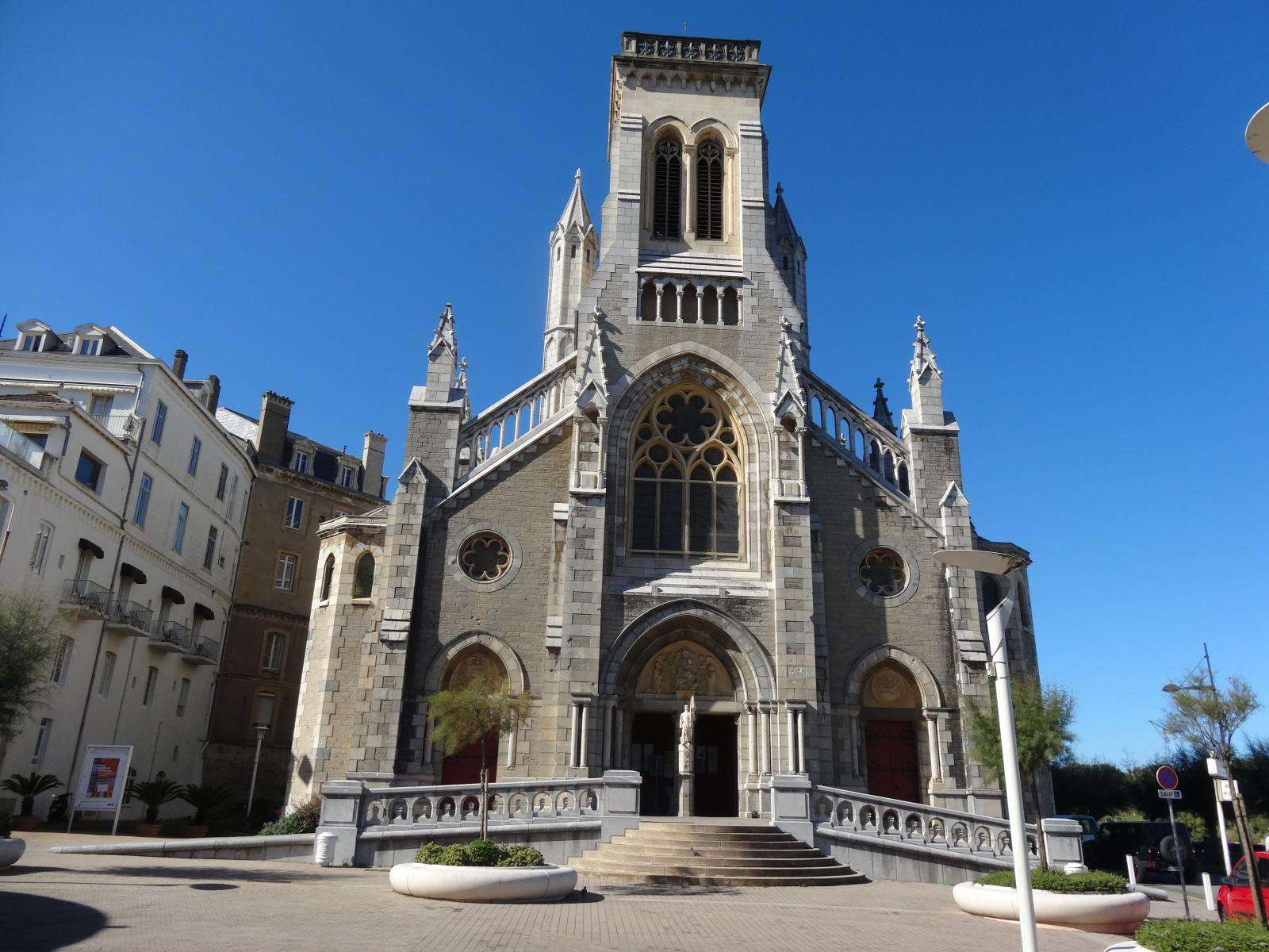 Cathdrales Et Glises Du Sud Ouest Carnet De Bonnes