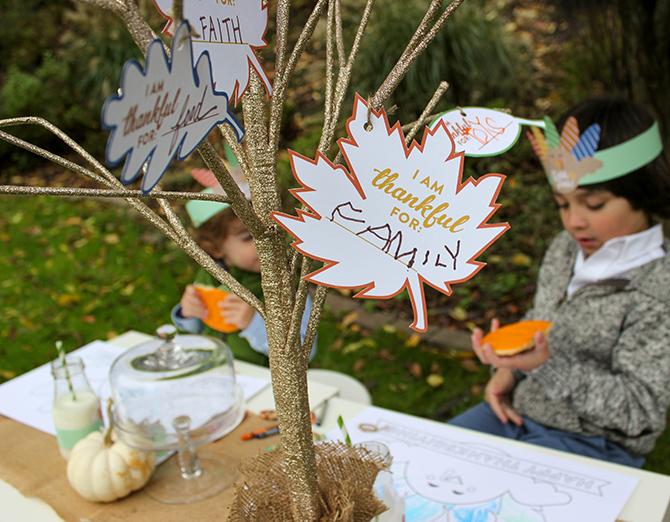 Thanksgiving Kids Table Free Printables, turkey free printables