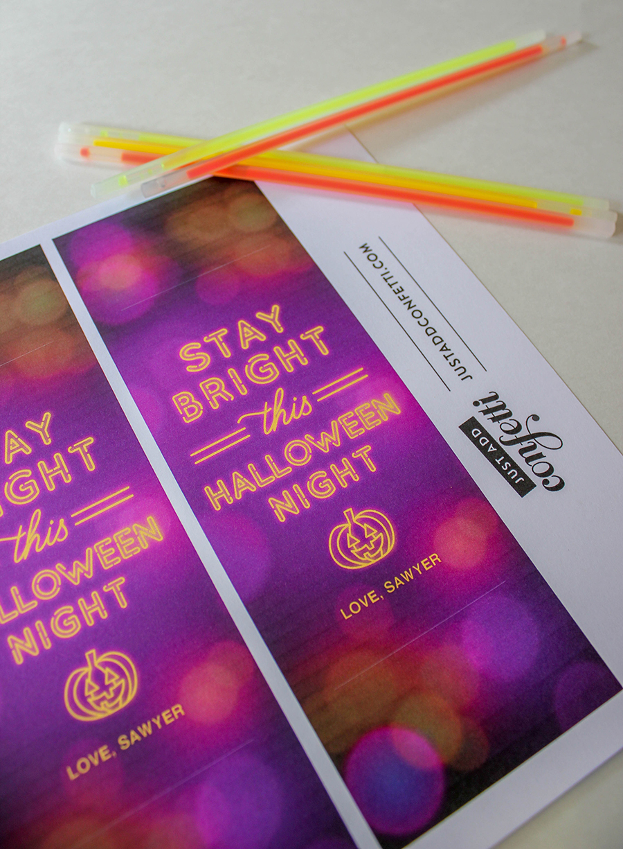 glow stick Halloween gift idea, Stay Bright This Halloween Night glow stick gift idea, Stay Bright This Halloween Night, glow stick gift idea, glow stick, Halloween, Halloween gift idea, Just Add Confetti, non-candy Halloween gift, free printable, Just Add Confetti printable, safe Halloween, stay bright, glow stick gift idea, glow stick Halloween treat, glow stick Halloween gift, classroom Halloween gift, safety, glow sticks